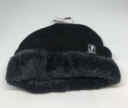 Зимна шапка