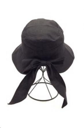 Дамска шапка с панделка