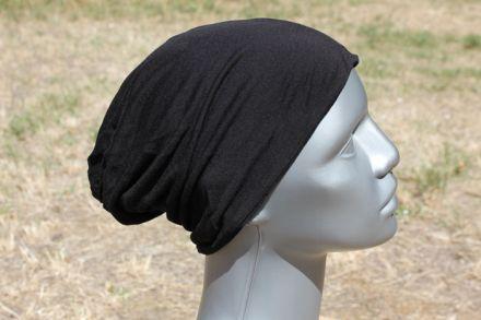 шапка от трико цвят черен